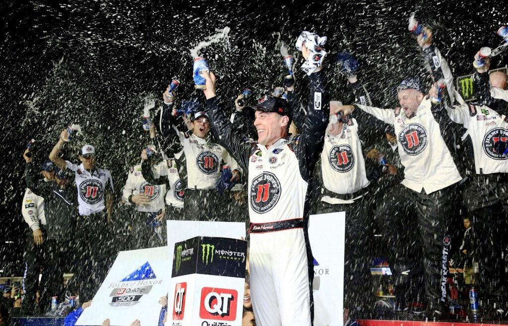 Kevin Harvick finally back in victory lane at Atlanta Motor Speedway